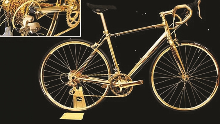 Bicicleta de ouro de 24 quilates