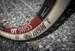Nino Shurter's Scott Spark Nove Mesto World Cup XC 2015 Andre Dugast tires