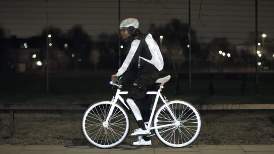 Volvo LifePaint bike men