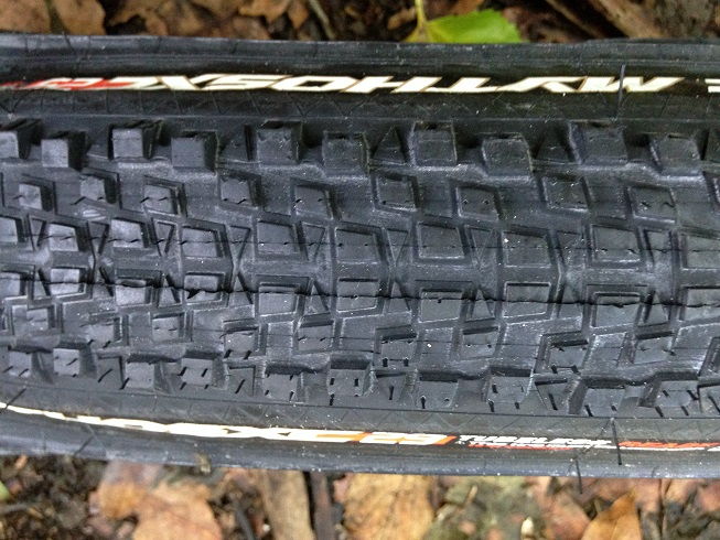 IRC Mythos XC 29er Tubeless Ready (2)