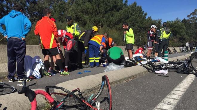 Dois ciclistas mortos e seis feridos em atropelamento