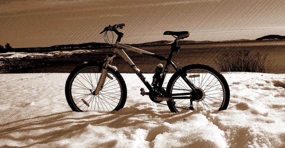 Noruega, bicicleta, neve