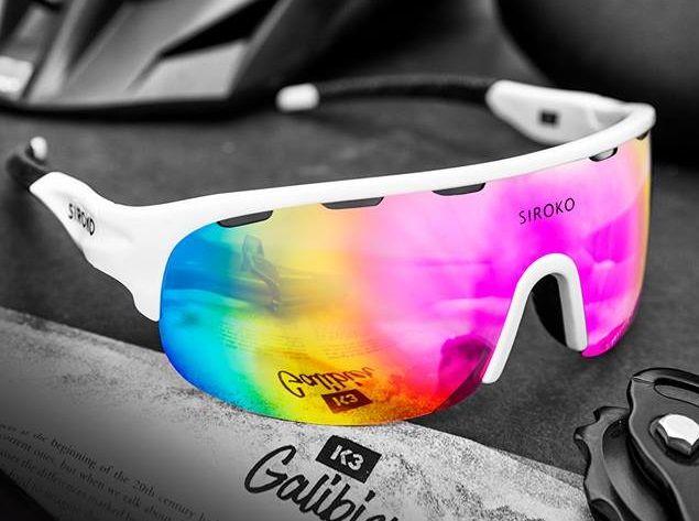 """5e02dfac59754 A sua gama é bastante completa e apresentam desde óculos de sol para a  pequenada, até óculos de sol para atletas de alta competição, passando por  """"aquele ..."""