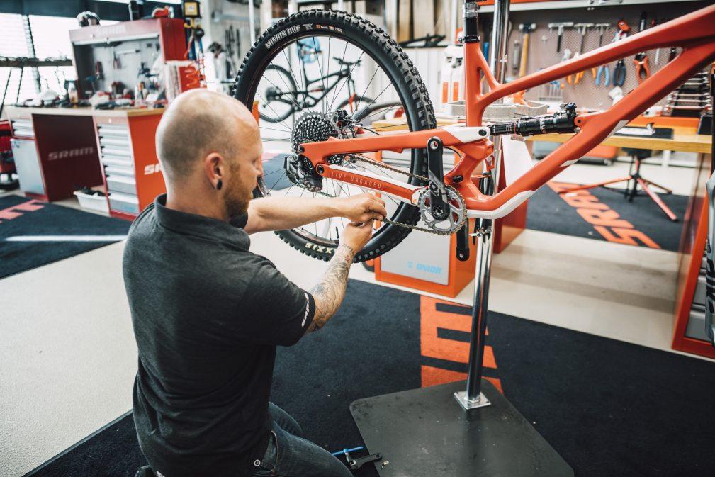 Dream Build YT Jeffsy SRAM World Bicycle
