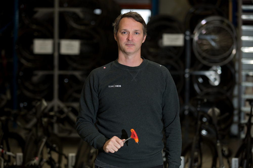 Team Ineos Will Use Red Unior Bike Tools
