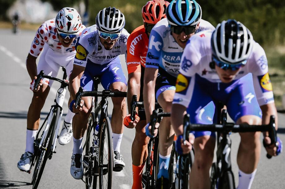 Daniel Martínez vence em fuga, Roglic aumenta vantagem para adversários na geral do Tour de France