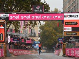 Josef Cerny vence 19.ª etapa, Wilco Kelderman segue líder do Giro (2)