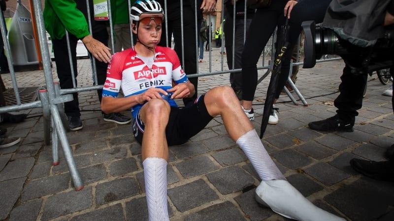 Mathieu van der Poel ataca de longe e vence BinckBank Tour
