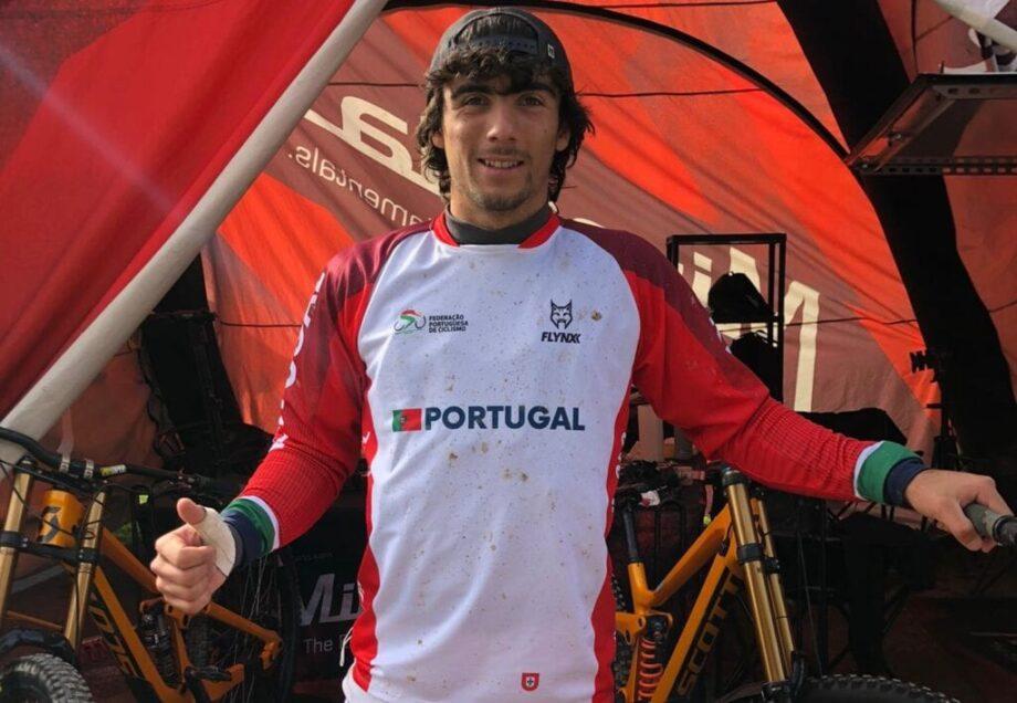 Nuno Reis 17.º, Gonçalo Bandeira 44.º no Campeonato do Mundo de Downhill Júnior